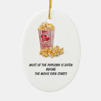 Se comen las palomitas antes de que la película adorno navideño ovalado de cerámica