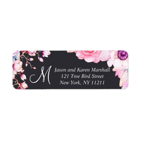 Se ruborizan las flores rosadas en etiquetas de etiquetas de remite
