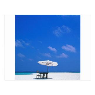 Se sirve el almuerzo tropical de Maldivas Postales