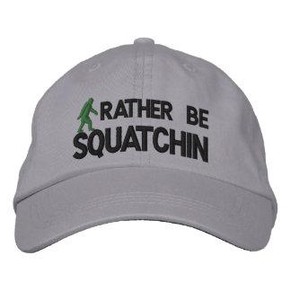 Sea bastante Squatchin Gorra Bordada