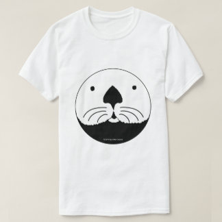Sea Otter looking out of the round window Camiseta
