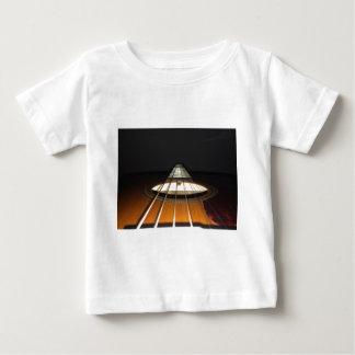 Secuencias de la guitarra acústica camiseta de bebé