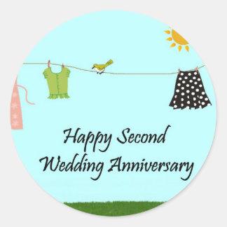 Segundo aniversario de boda feliz etiqueta redonda