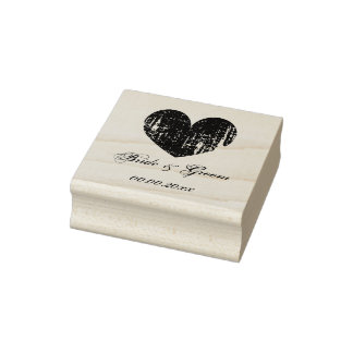 Sello de madera del boda del arte con el corazón y