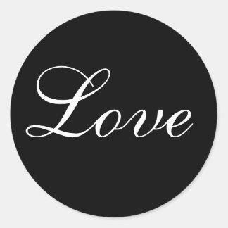 Sello del sobre del amor en blanco y negro pegatina redonda