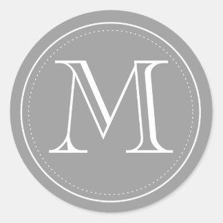 Sello del sobre del monograma del carbón de leña pegatina redonda