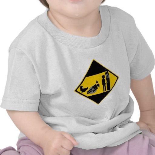 Señal de tráfico ridícula de Captian Camisetas
