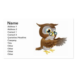 Señalar el búho lindo del dibujo animado tarjeta de negocio