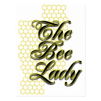 señora de la abeja postal