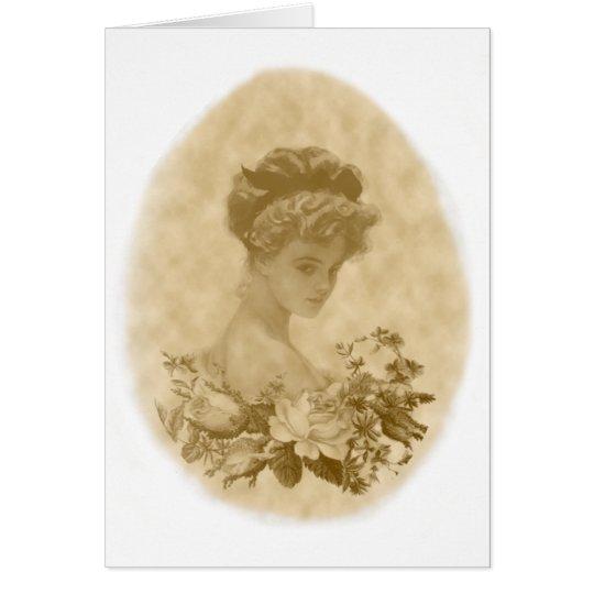Señora del Victorian con la tarjeta de nota de las