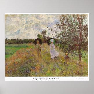 señora en jardín de Claude Monet Póster