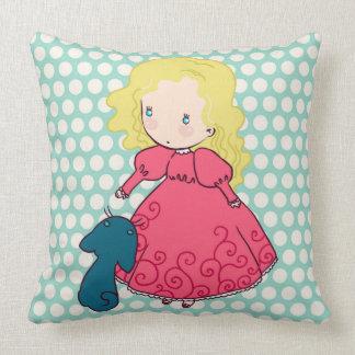 Señora linda de la princesa de la almohada de la