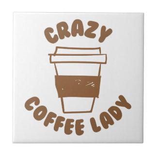 señora loca del café azulejo