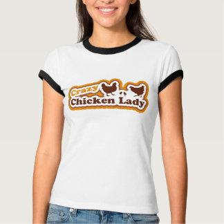 Señora loca del pollo camiseta