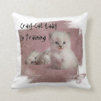 Señora loca In Training del gato Cojín Decorativo