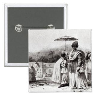 Señora que lleva al niño al bautismo chapa cuadrada 5 cm
