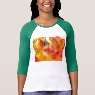 señoras de la camisa del raglán del lirio tigrado