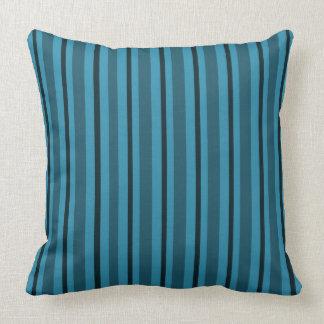 Serene-Sea-Stripe's-Blue_Lumbar-Square-M_L Cojín Decorativo