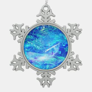 Serenidad en el jardín adorno de peltre en forma de copo de nieve