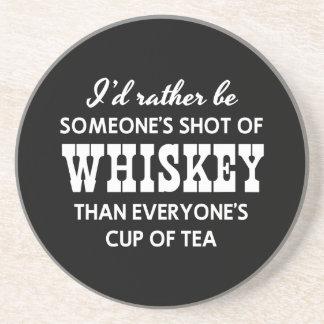 Sería bastante alguien tiré del whisky posavasos diseño