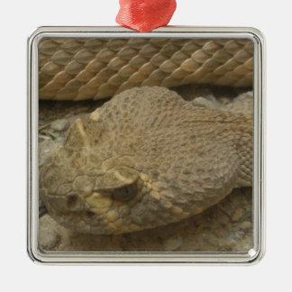 Serpiente de cascabel adorno de cerámica