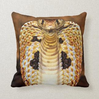 ¡Serpiente de la cobra encapuchada/el arderse del Cojín Decorativo