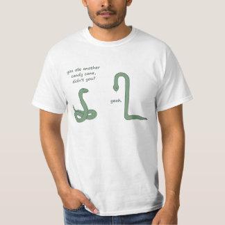 Serpiente del bastón de caramelo camisetas