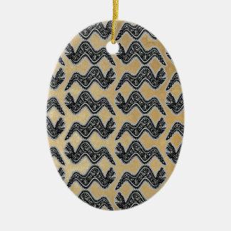 Serpiente mexicana adorno navideño ovalado de cerámica
