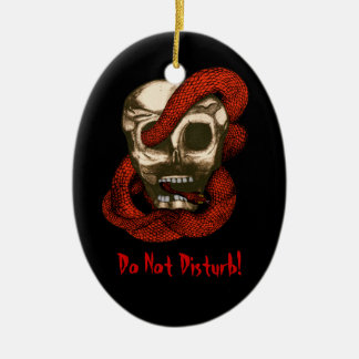 Serpiente y cráneo (rojos) adorno ovalado de cerámica