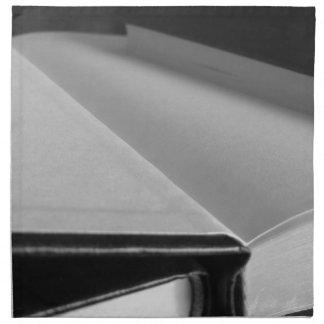 Servilleta De Tela La segunda mano reserva con las páginas en blanco