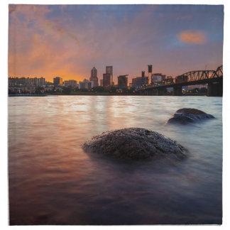 Servilleta De Tela Portland U horizonte a lo largo de la puesta del