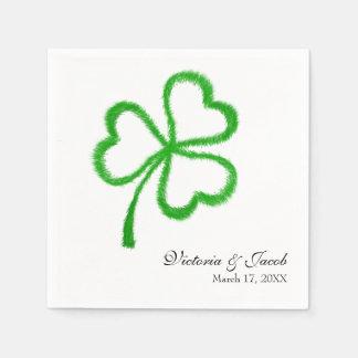 Servilletas De Papel Fecha irlandesa del nombre del trébol del boda del