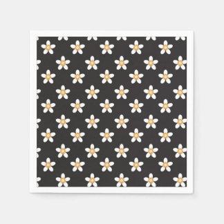 Servilletas Desechables flor blanca en servilleta negra