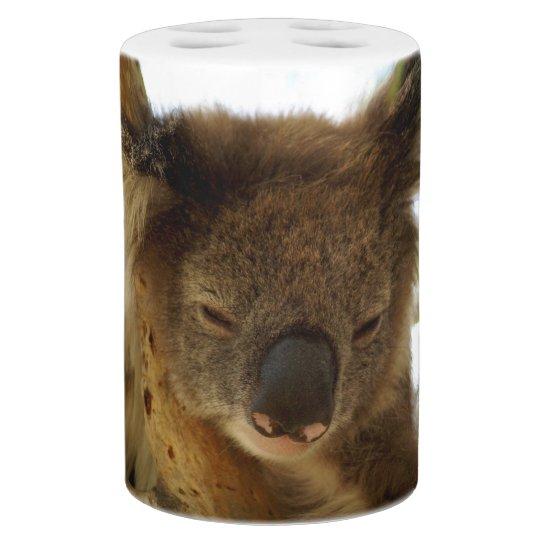 Set De Baño Koala salvaje que duerme en el árbol de eucalipto,