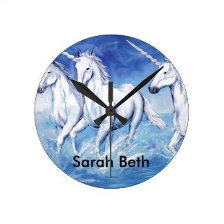 ¡Sí, los unicornios existen! Reloj redondo (medio)