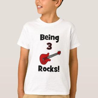 ¡Siendo 3 rocas! Con el eje de balancín de Camiseta