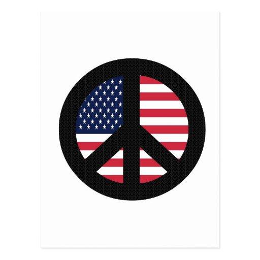 Signo de la paz con la bandera americana tarjeta postal