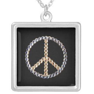 Signo de la paz Jeweled en fondo negro Colgantes