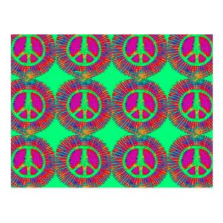 Signo de la paz psicodélico del teñido anudado postal