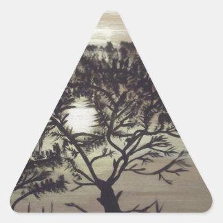 Silhoulette negro Tree.jpg Pegatina Triangular