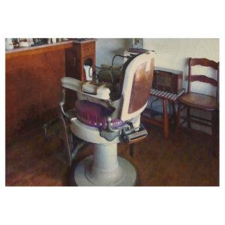 Silla de peluquero pasada de moda póster de madera