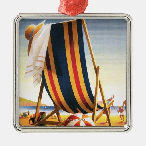 Silla de playa de los ferrocarriles y poster britá ornaments para arbol de navidad