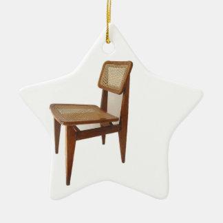 Silla vacía adorno de cerámica en forma de estrella