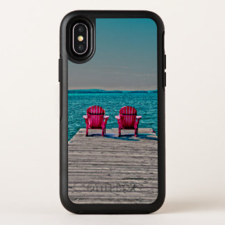 Sillas de playa de la vida de la cabaña en muelle