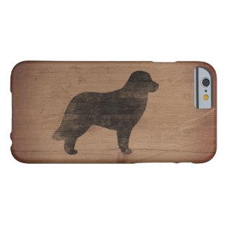 Silueta de Leonberger rústica Funda Barely There iPhone 6