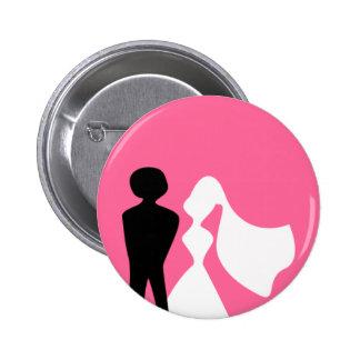 Silueta de novia y del novio que casa el Pin Chapa Redonda De 5 Cm