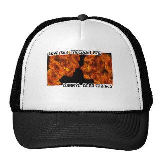 Silueta del fuego de la mujer del hombre gorra