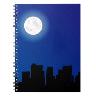 Silueta del paisaje urbano cuaderno