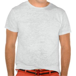 Silueta negra de los pájaros en el alambre camiseta