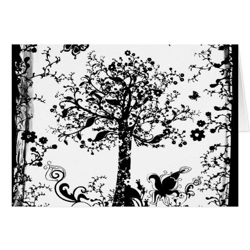 Silueta negra y blanca de la mariposa del árbol tarjetón